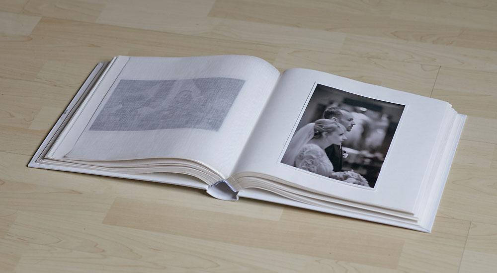 album fotograficzny bialy